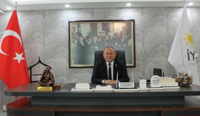 """ÖZTÜRK: """"EN KUTSAL KAZANÇ, ALIN TERİYLE KAZANILAN HELAL KAZANÇTIR"""""""